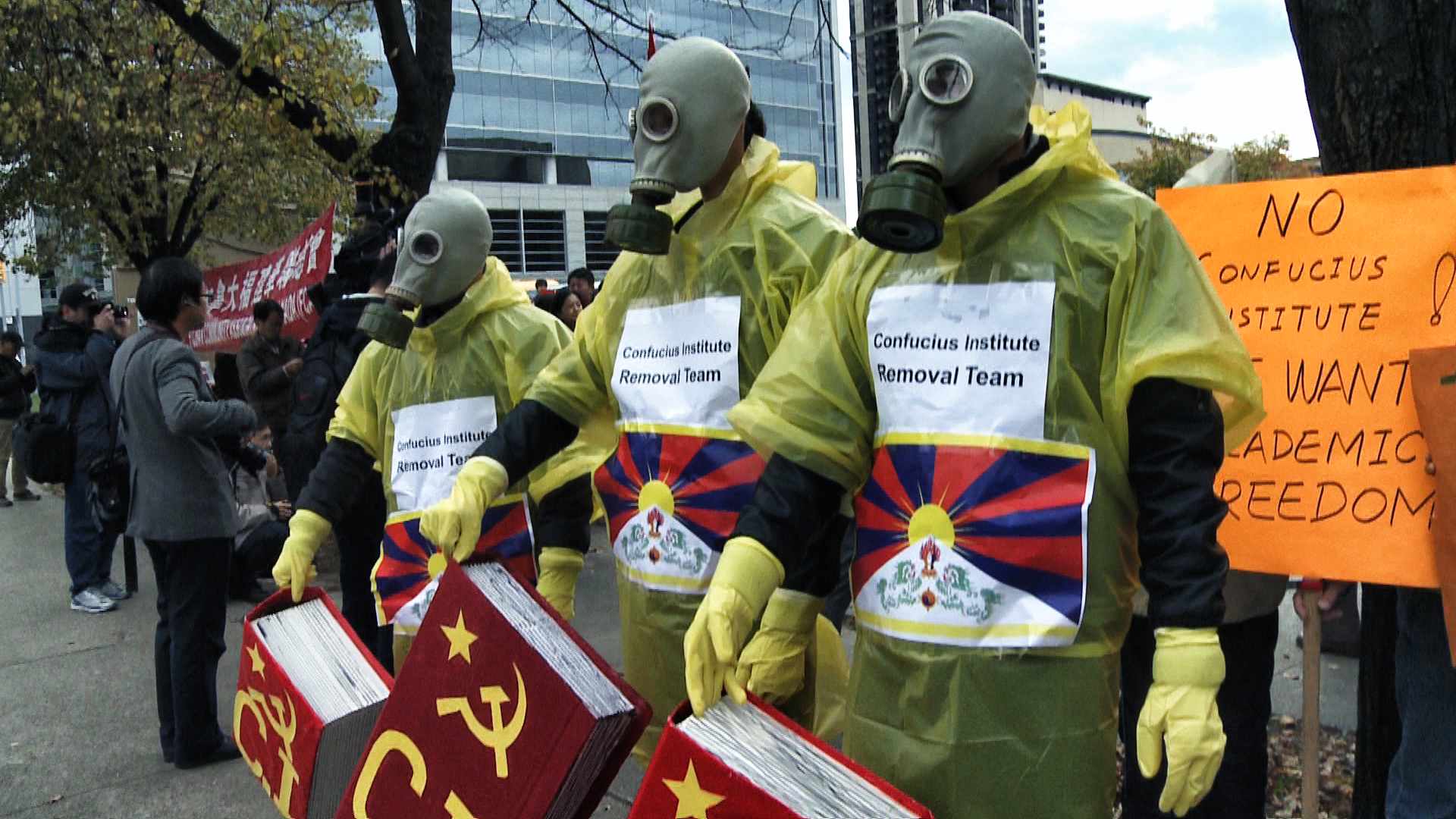 Anti-CI protesters from the Tibetan community